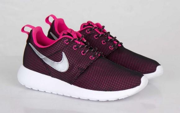chaussure femme nike roshe one